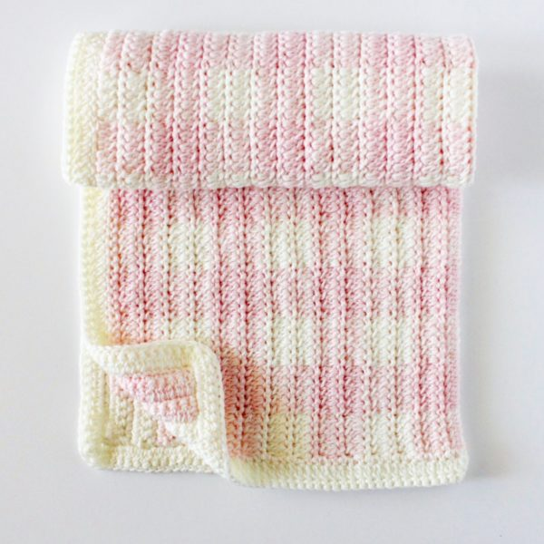 crochet light pink gingham blanket