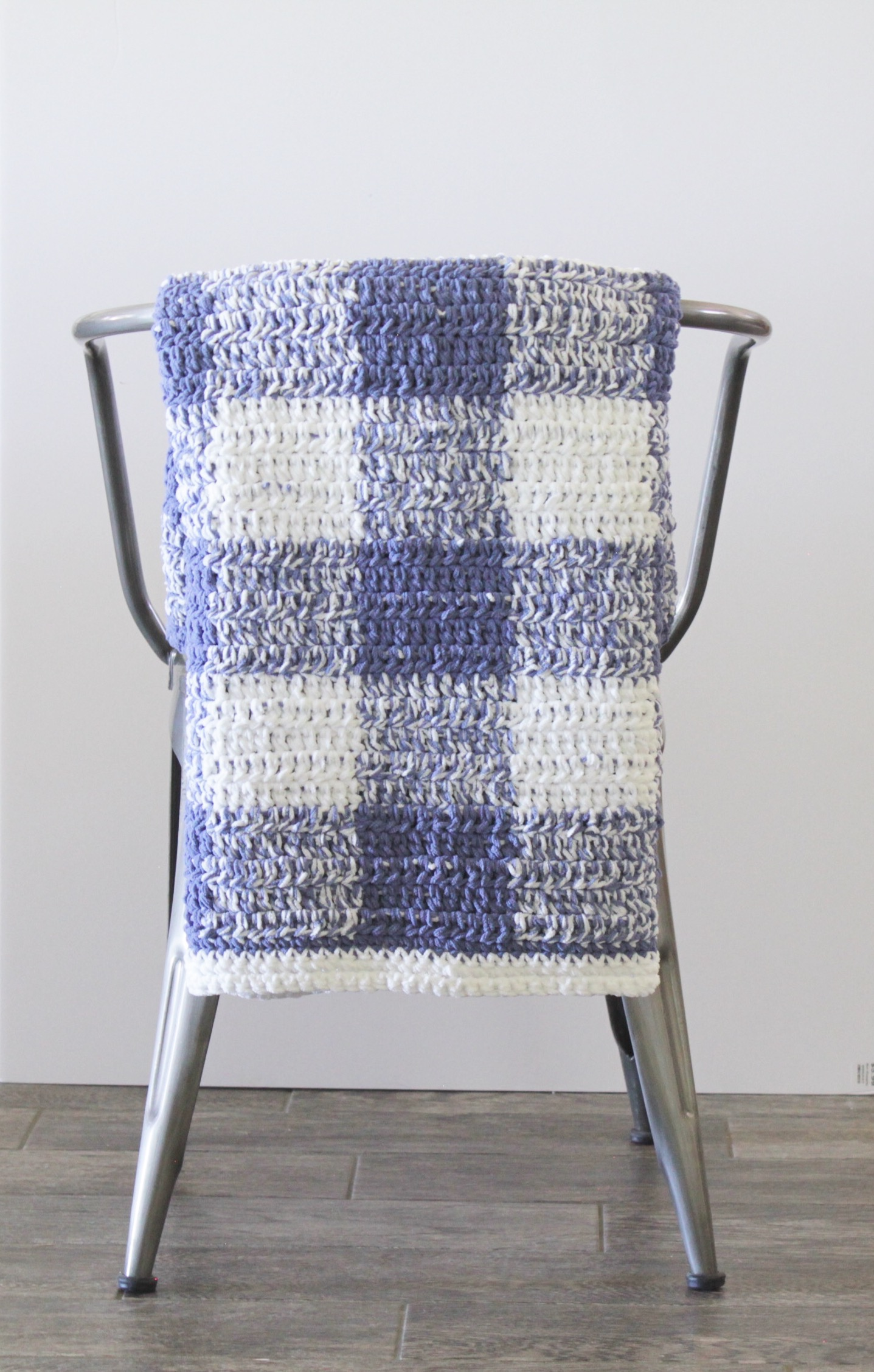 Crochet Blue Gingham Blanket | Daisy Farm Crafts