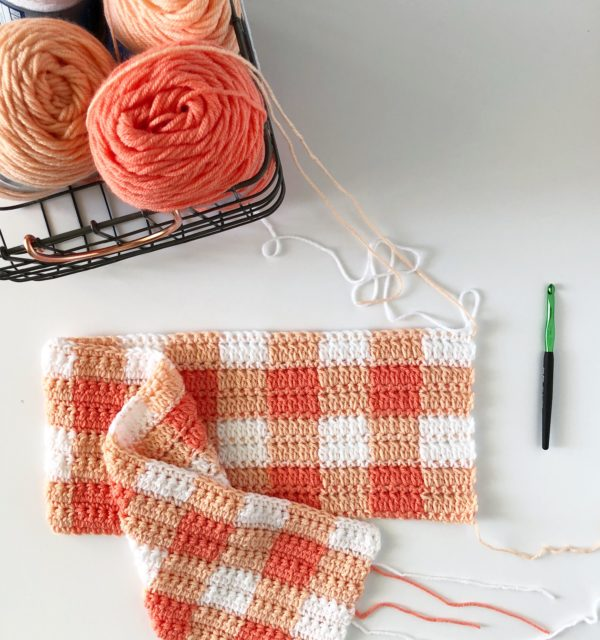 free pattern for mango gingham crochet blanket