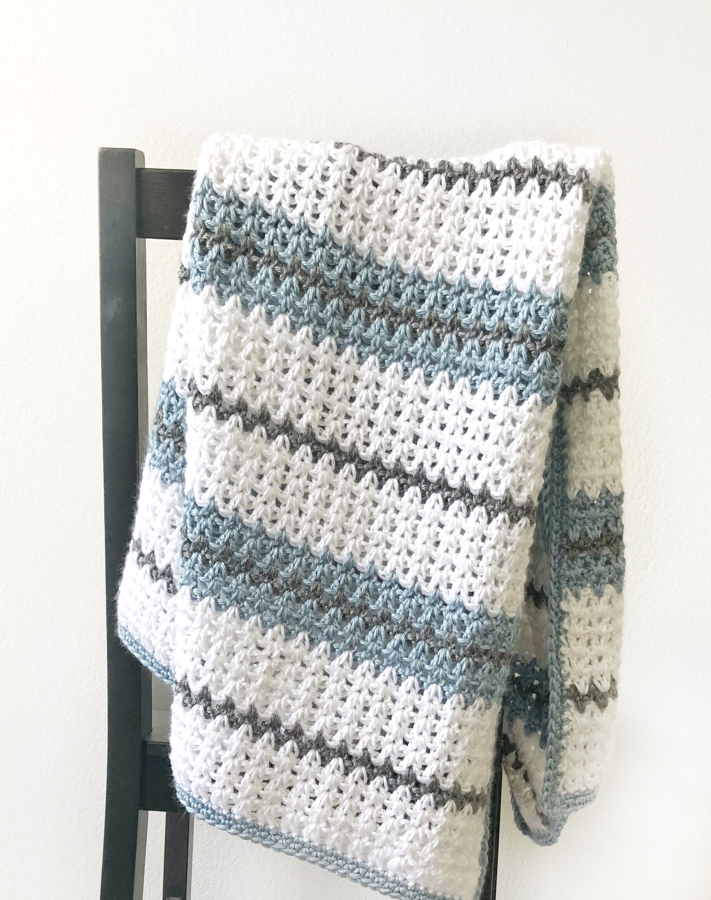 Modern Double Crochet V Stitch Blanket Daisy Farm Crafts