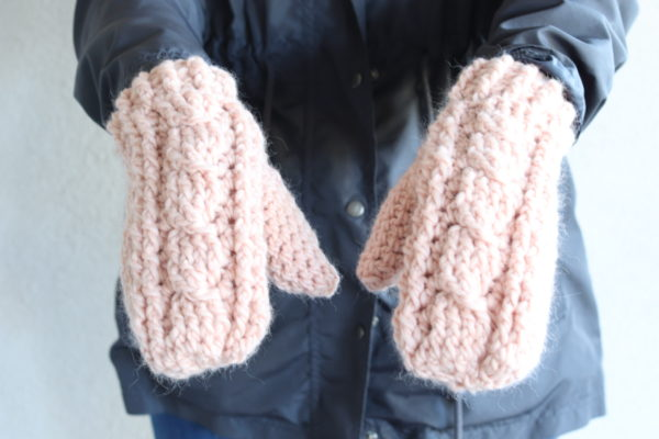 Crochet Cable Twist Mittens