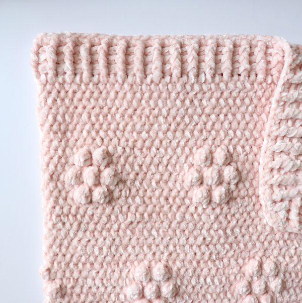 Crochet Velvet Flowers Throw